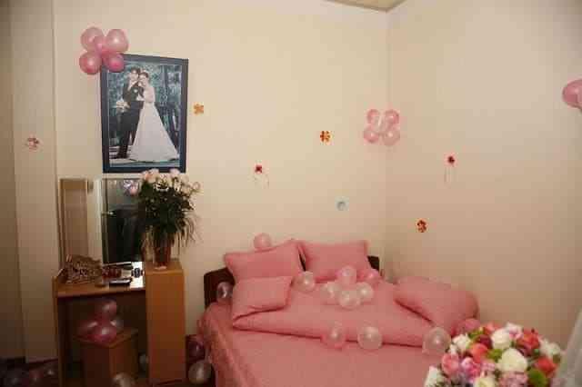 Trang trí phòng cưới ở quê nông thôn thế nào cho đẹp - trang tri phong cuoi o que nong thon the nao cho dep 2