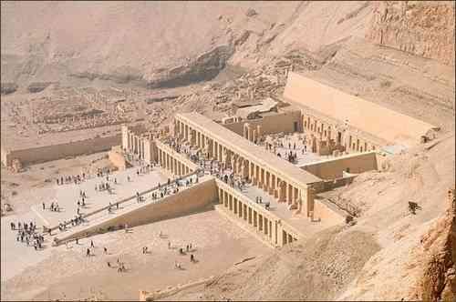 Kiến trúc Ai cập cổ đại và những công trình vĩ đại - Đền Mortuary