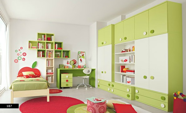 mau-nha-dep-ample-colorful-storage-in-kids-bedroom