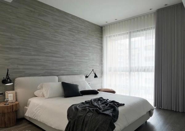mau-nha-dep-modern-monochromatic-bedroom-600x426