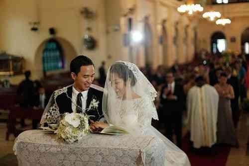 cưới trong nhà thờ