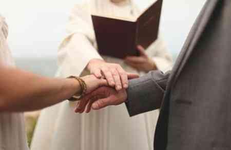 Nghi thức lễ cưới trong nhà thờ của người Công giáo