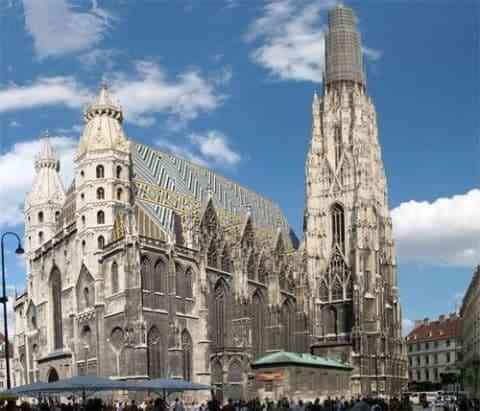Những công trình kiến trúc Gothic nổi tiếng toàn thế giới -Thánh đường St. Stephen ở Vienna