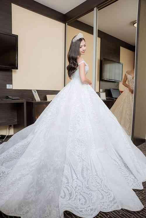 Váy cưới công chúa - mẫu váy kinh điển không lỗi thời