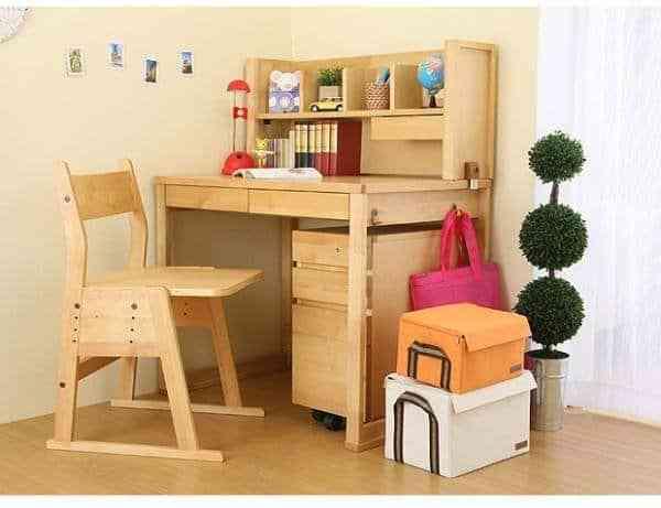Bàn học sinh gỗ tự nhiên chất lượng cao