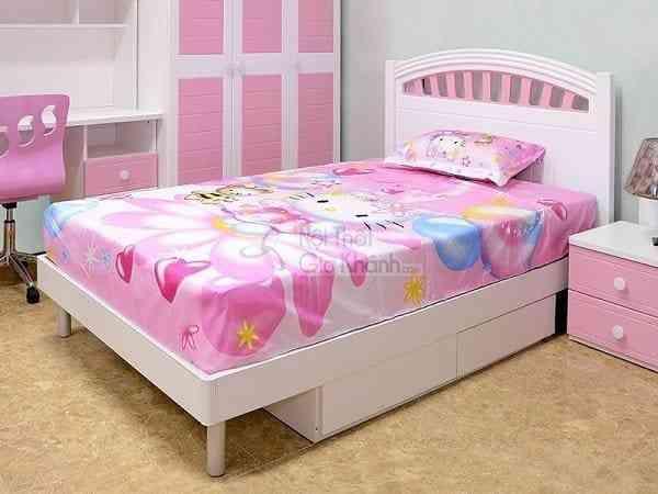 Phòng ngủ xinh xắn cùng mẫu giường màu hồng