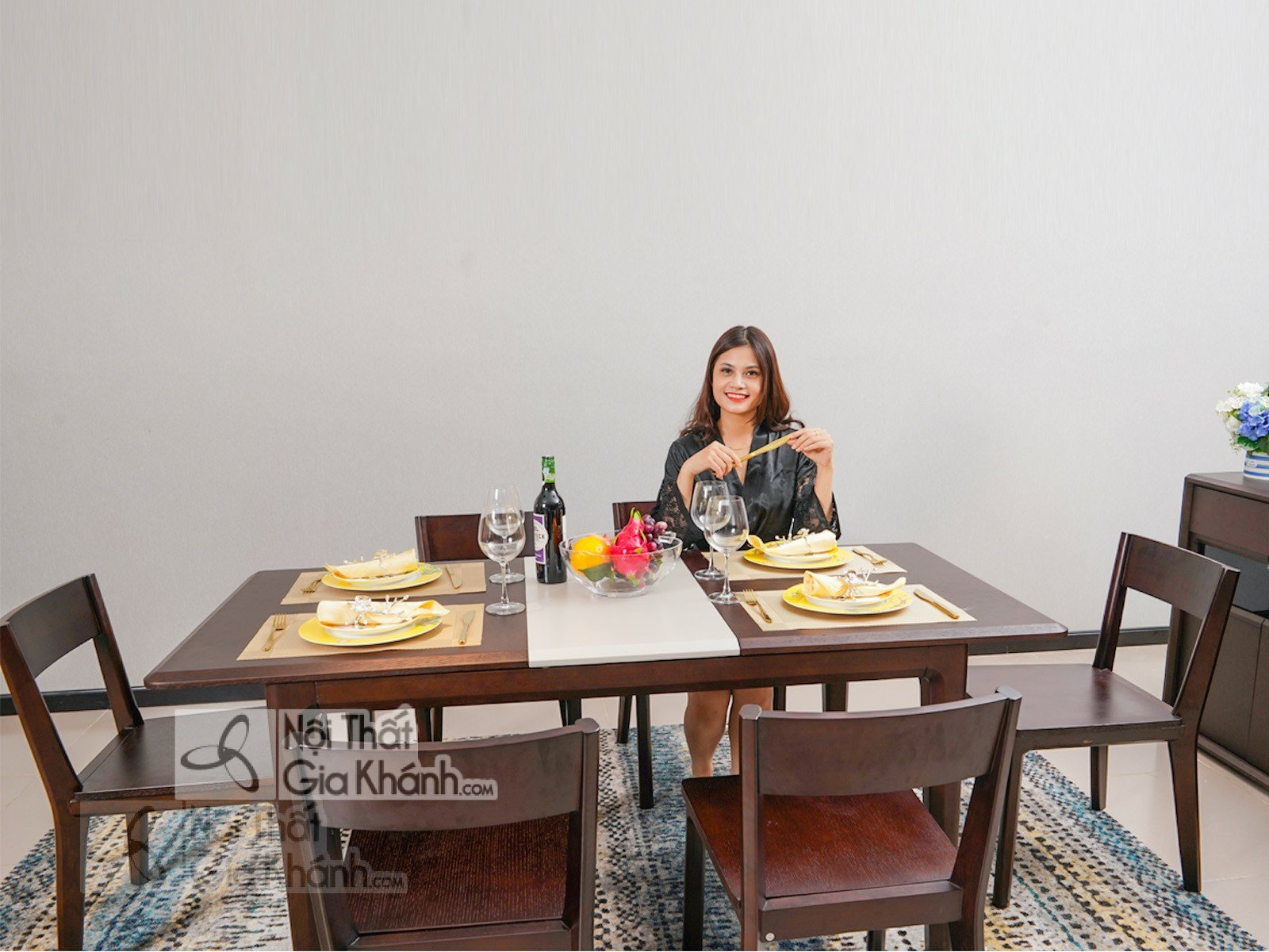 Tuyển tập mẫu bàn ăn gỗ đỏ đẹp sang trọng - tuyen tap mau ban an go do dep sang trong 2