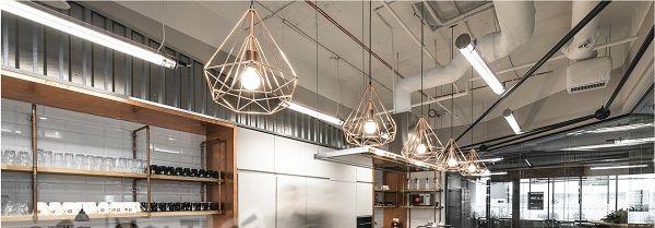 8 mẫu đèn chùm trang trí quán cà phê độc đáo - 8 mau den chum trang tri quan ca phe doc dao