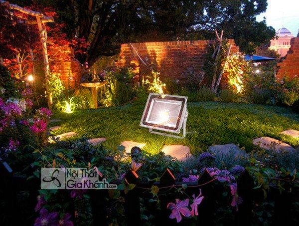 Bố trí đèn sân vườn như thế nào cho hợp lý - bo tri den san vuon nhu the nao cho hop ly 5