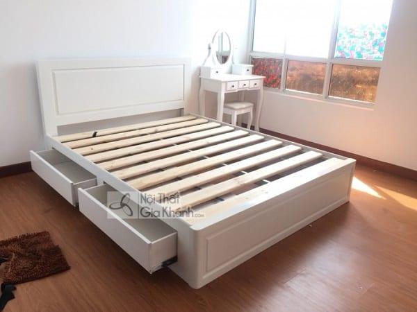 Giường gỗ sồi trắng