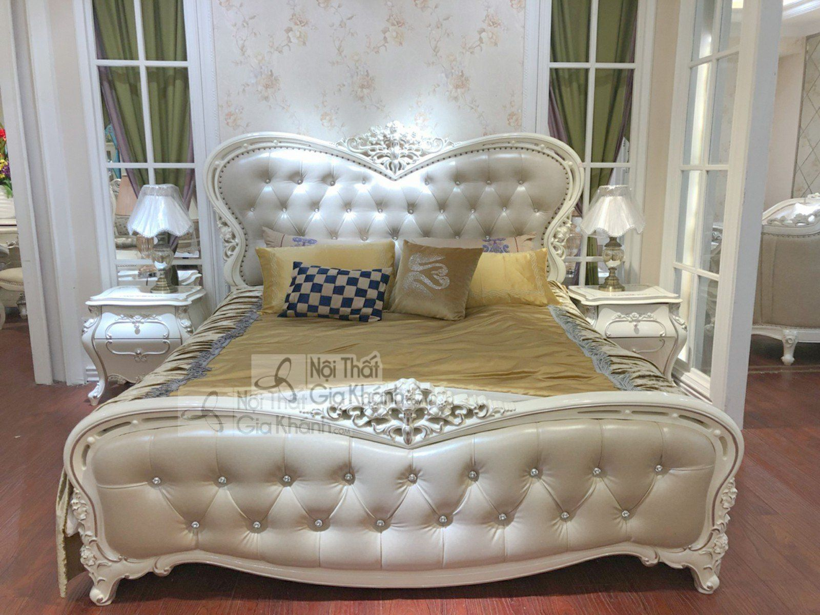 Giường ngủ người lớn gỗ tân cổ điển nhập khẩu H8836AL