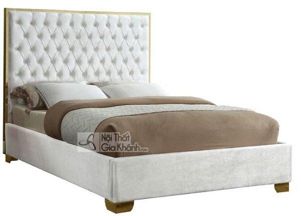 giường trắng tinh tế
