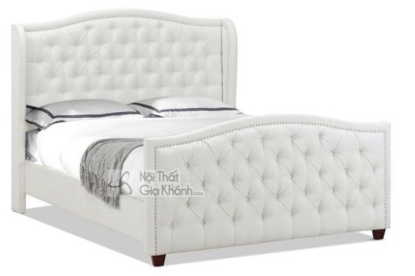 chiếc giường trắng thanh lịch