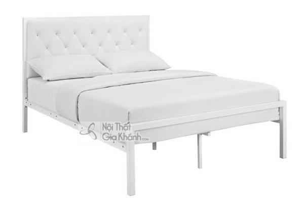Mẫu giường trắng chân cao