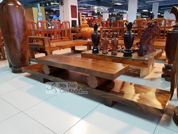 Giới thiệu những mẫu kệ tivi gỗ nguyên khối đẳng cấp cho ngôi nhà