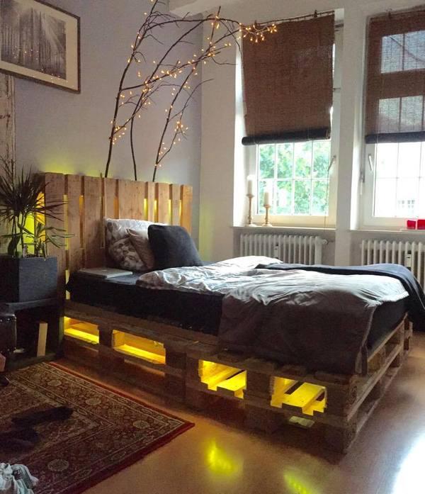 Giường Pallet kết hợp đèn độc đáo