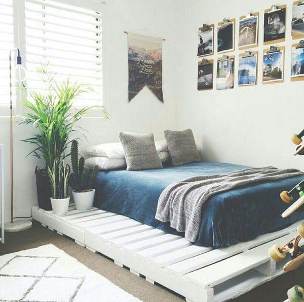 Giường sơn trắng