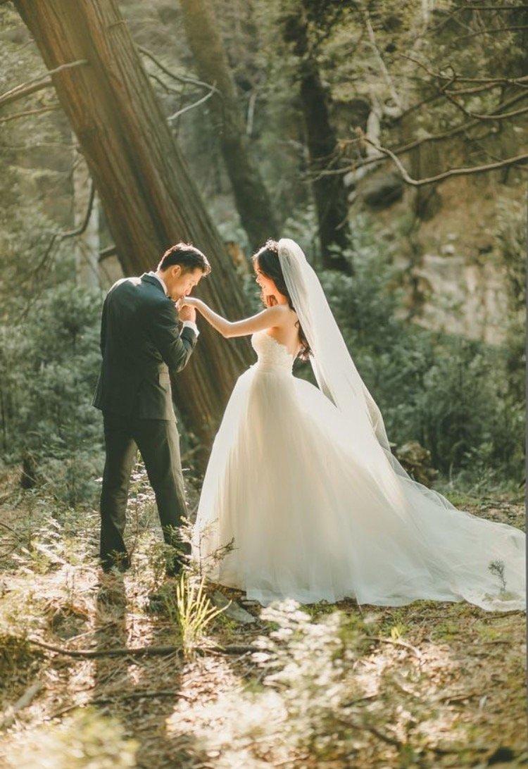 5 mẫu đồ đôi chụp ảnh cưới độc đáo - 5 mau do doi chup anh cuoi 2