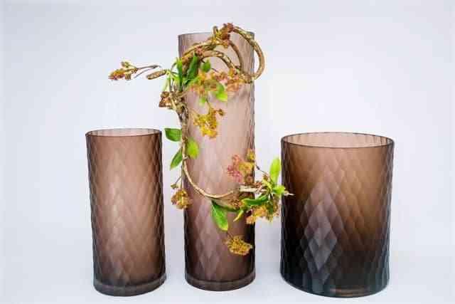 Hướng dẫn chọn bình cắm hoa phù hợp với từng loại hoa - Huong dan chon binh hoa phu hop voi tung loai hoa 3