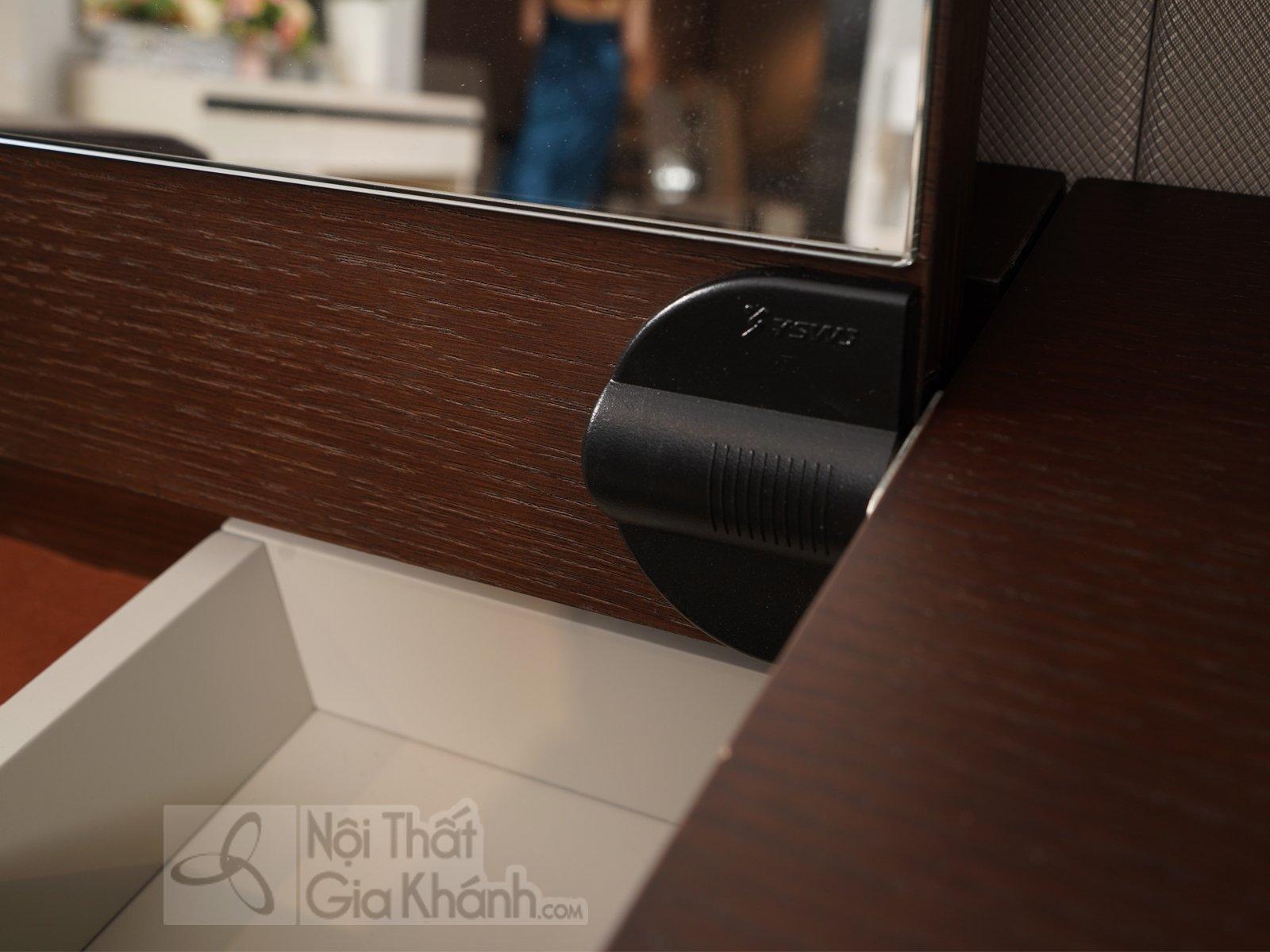 Bộ bàn trang điểm hiện đại thông minh gỗ cao cấp BD1802