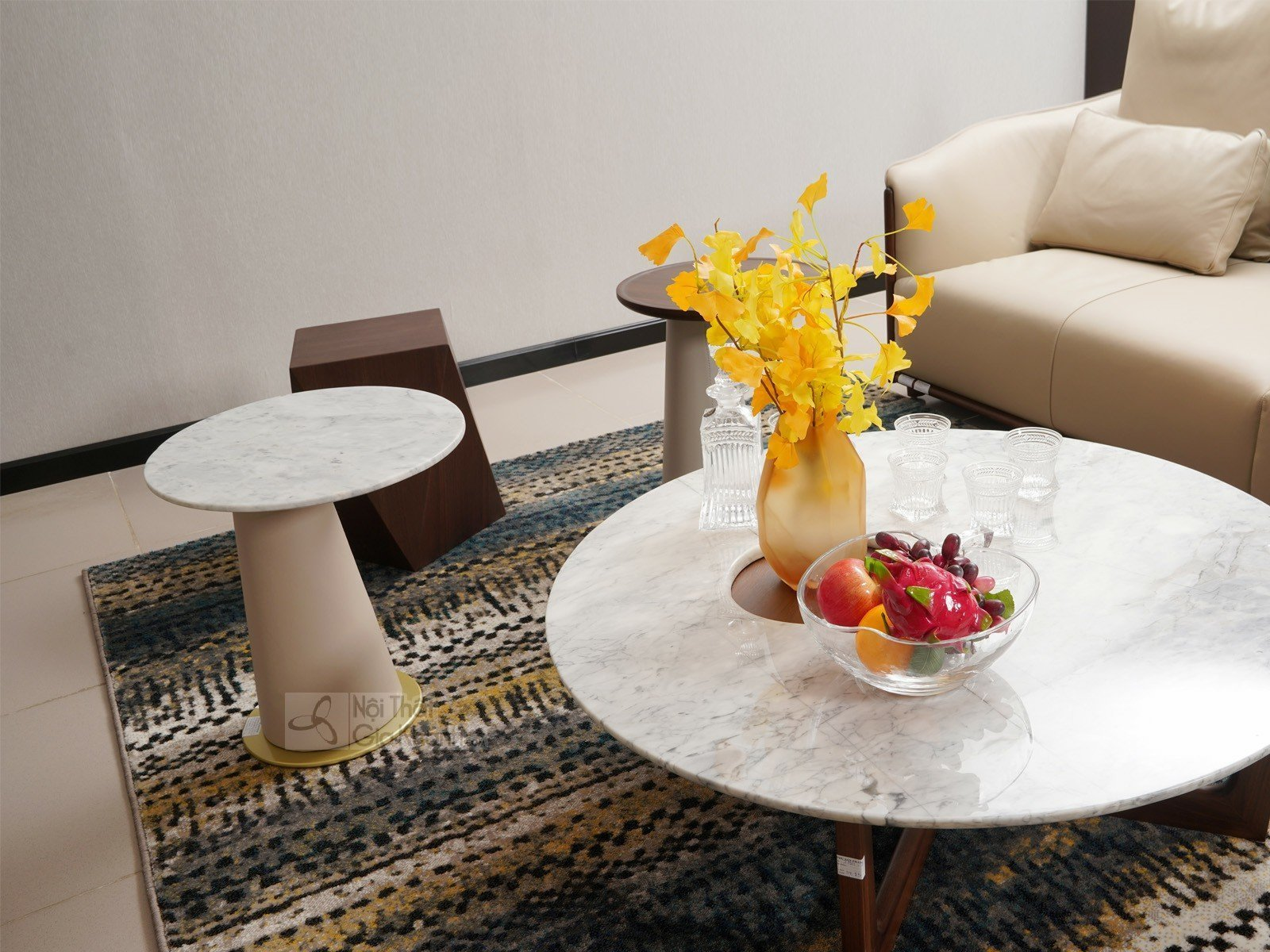 ban tra tron mặt đá 1911BT1 450x500 2 - Bàn trà (Bàn Sofa) gỗ hiện đại mặt đá cho phòng khách BT1911-1D