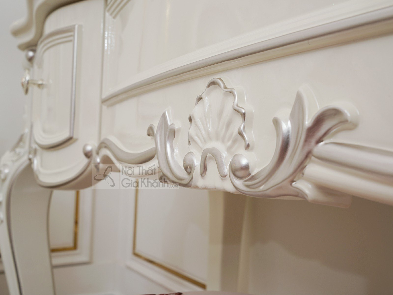 Bàn trang điểm cô dâu màu trắng gỗ Sồi tự nhiên H8801C - ban trang diem H8801C 3