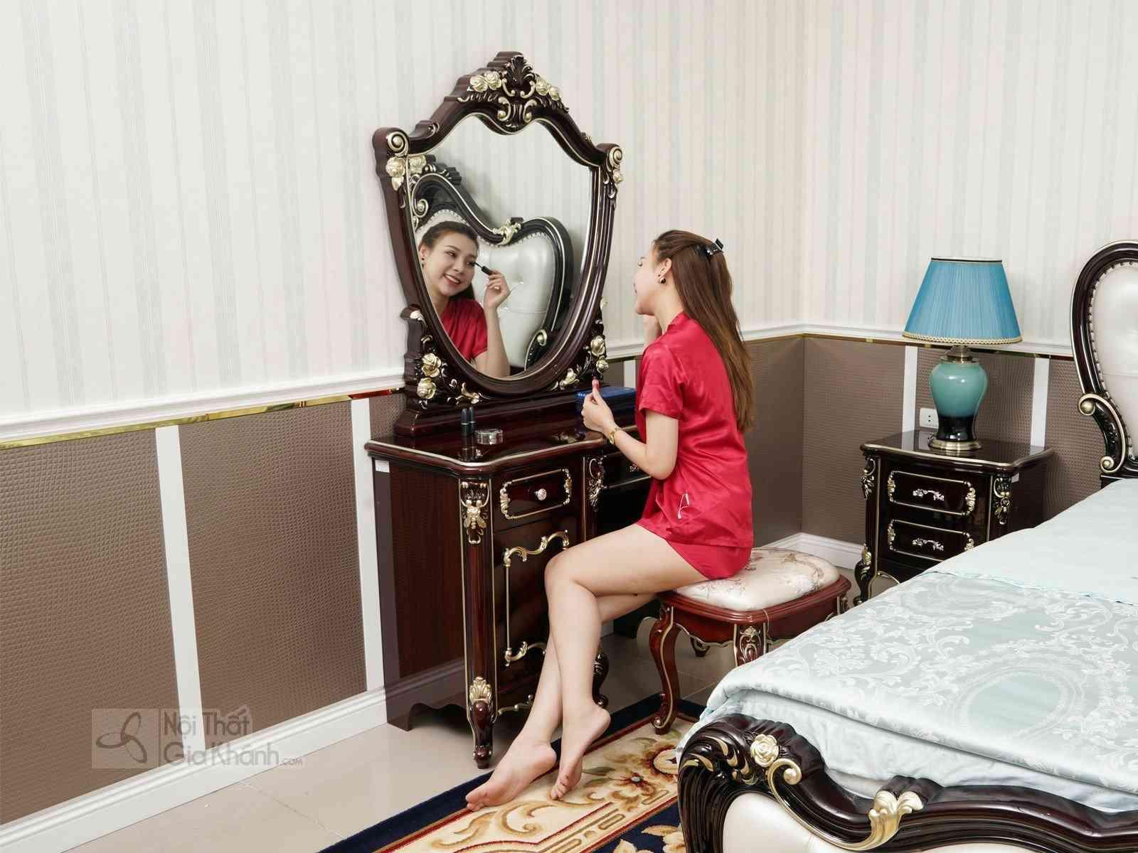 Bộ Phòng Ngủ Tân Cổ Điển Gồm Giường Ngủ Và Bàn Phấn BN8801G