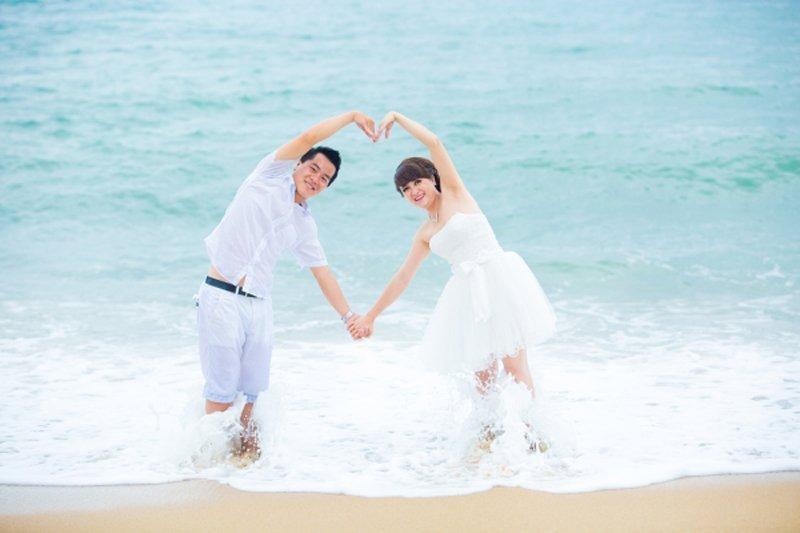 Chụp ảnh cưới ở biển - chup anh bai bien