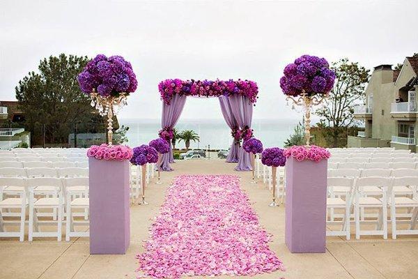 Các loại cổng đám cưới đẹp, độc, lạ - cong hoa mau tim