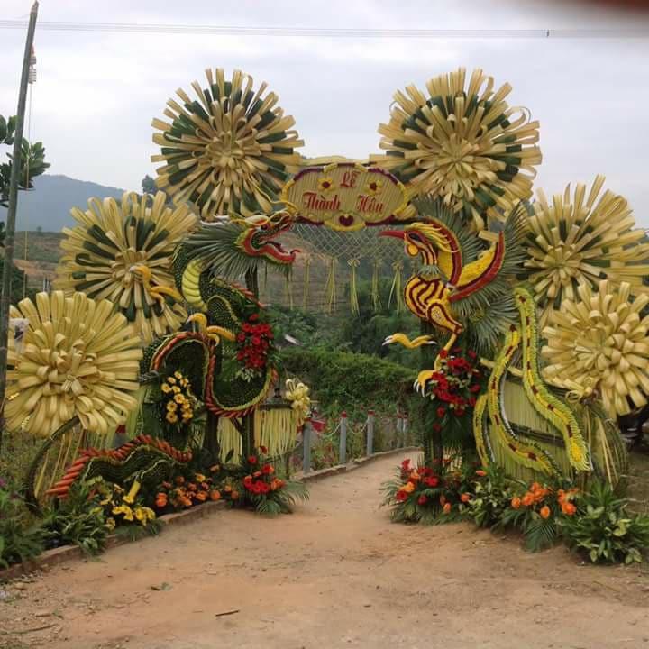 Các loại cổng đám cưới đẹp, độc, lạ - cong la dua