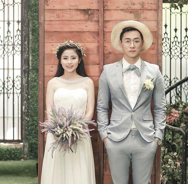10 tạo dáng chụp ảnh cưới trong studio - cung nhin 1 huong 2