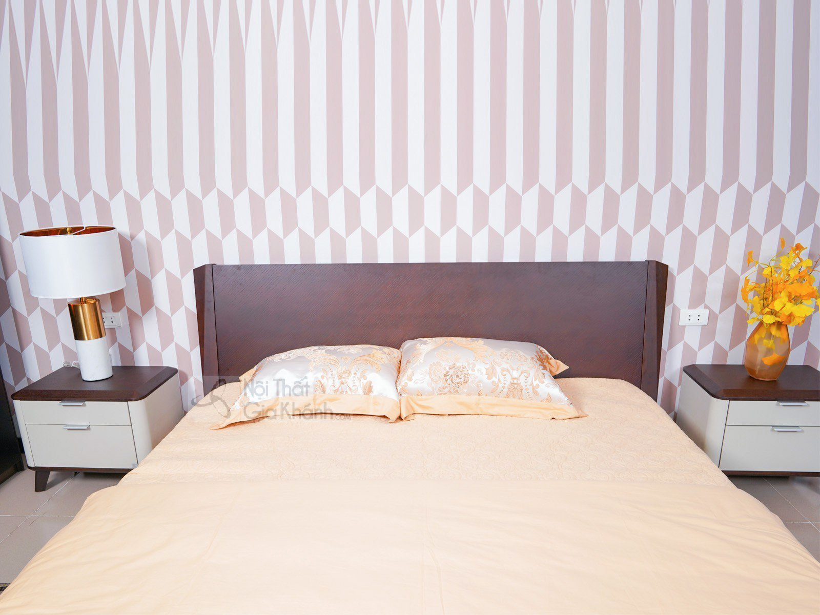 Giường Ngủ 1m8 Hiện Đại Gỗ Tự Nhiên Sang Trọng 1806AL - giuong ngu hien dai 1806AL 1990x2205x900 1