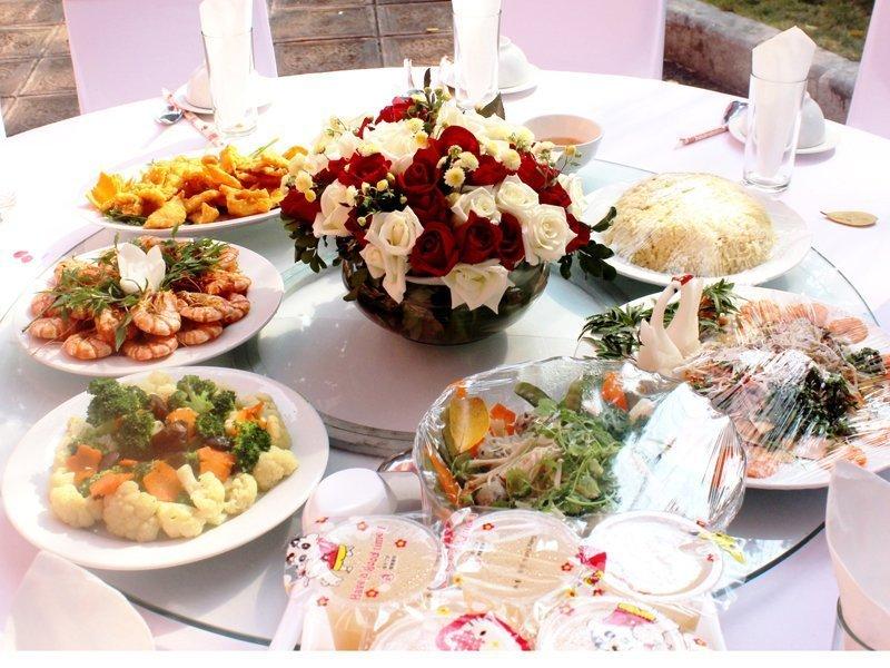 Tham khảo các thực đơn tiệc cưới sang trọng mùa cưới 2018 – 2019 - mam co 1