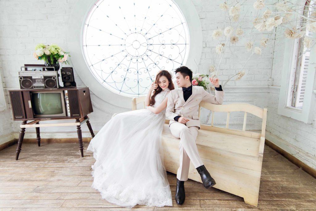 Chia sẻ các cách tạo dáng chụp ảnh cưới sao cho đẹp - tao dang chup anh cuoi dep