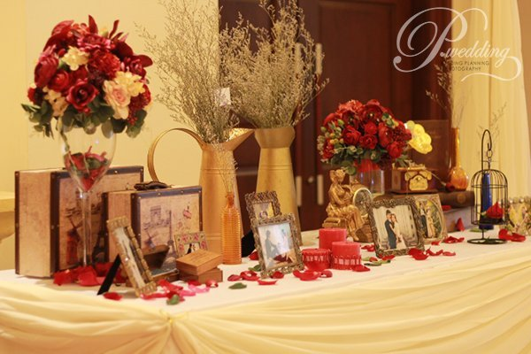Cách trang trí bàn ăn gia đình và bàn ăn decor tiệc cưới trang trọng và đẹp - trang tri tiec cuoi theo phong cach vintage2 1