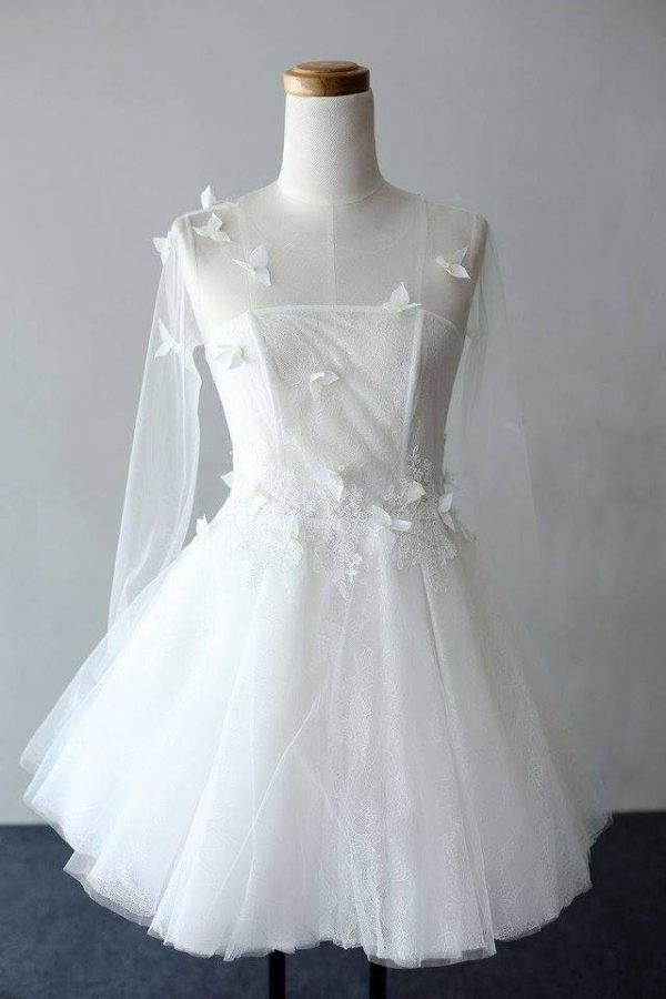 váy cưới ngắn xòe